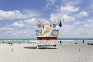 Beach Lifeguard Tower '6 St', Typical Art Deco Design, Miami South Beach by Axel Schmies