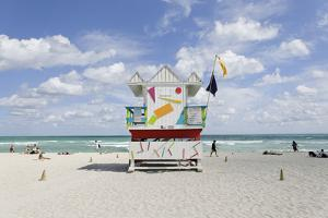 Beach Lifeguard Tower '6 St', Typical Art Deco Design, Miami South Beach by Axel Schmies