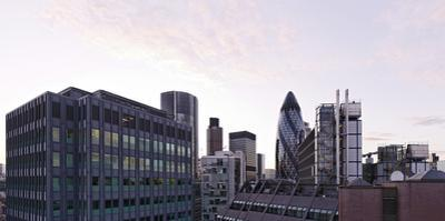 City View with Swiss-Re-Tower of Architect Sir Norman Foster, 30 St. Mary Axe, England by Axel Schmies
