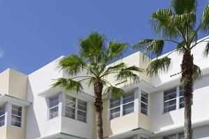 Typical Art Deco Architecture, 8 St, Miami South Beach, Art Deco District, Florida, Usa by Axel Schmies