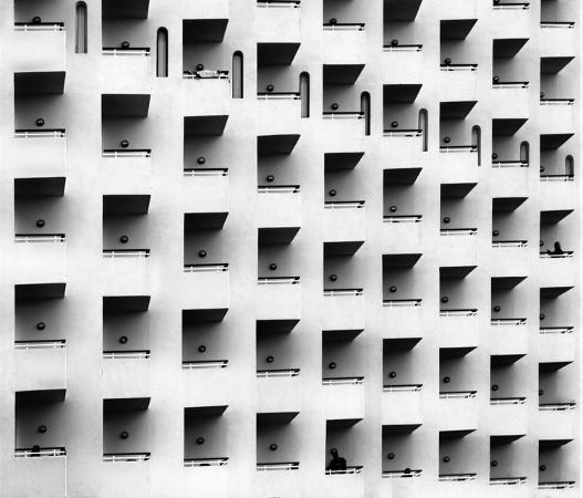 ayoze-hernandez-tirado-apartment-balconies