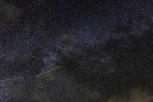 A Meteor in the Starry Sky of Hawaii During the Persied Meteor Shower by Babak Tafreshi