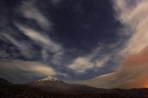 A Windy Autumn Night Above Mount Damavand by Babak Tafreshi