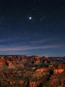 Jupiter over the Grand Canyon. at Right, Red-Orange Star Aldebaran, in Constellation Taurus by Babak Tafreshi