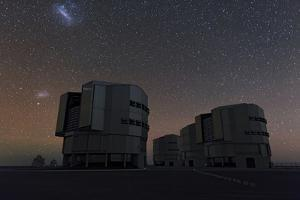 The Large and Small Magellanic Clouds over the Very Large Telescope at Cerro Paranal Observatory by Babak Tafreshi