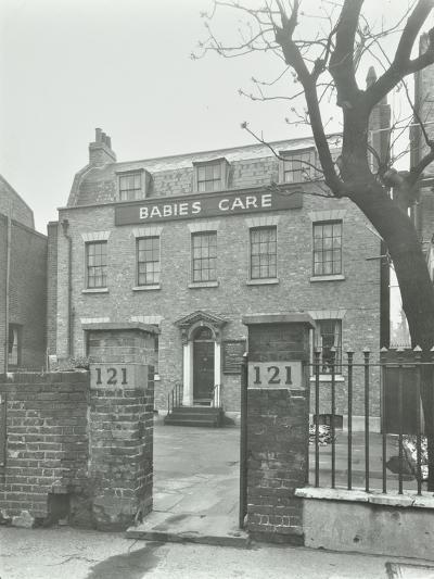Babies Care Building, Kennington Road, Lambeth, London, 1950--Photographic Print