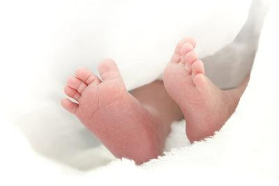 Baby's Feet-Ruth Jenkinson-Photographic Print