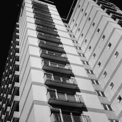 Bachelor Apartment House-Michael Rougier-Photographic Print