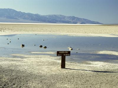Badwater, Lowest Point in the U.S.A., Death Valley, California, United States of America (U.S.A.)-Gavin Hellier-Photographic Print