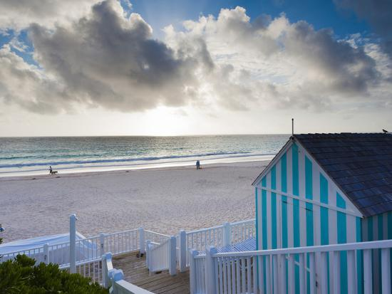 Bahamas, Eleuthera Island, Harbour Island, Pink Sands Beach-Walter Bibikow-Photographic Print