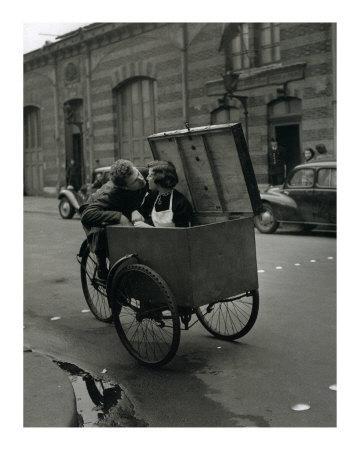 https://imgc.artprintimages.com/img/print/baiser-blotto-c-1950_u-l-f2hvk70.jpg?p=0