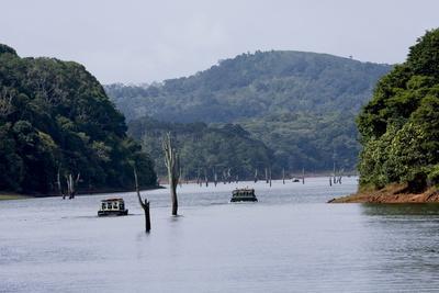 Boating, Periyar Tiger Reserve, Thekkady, Kerala, India, Asia