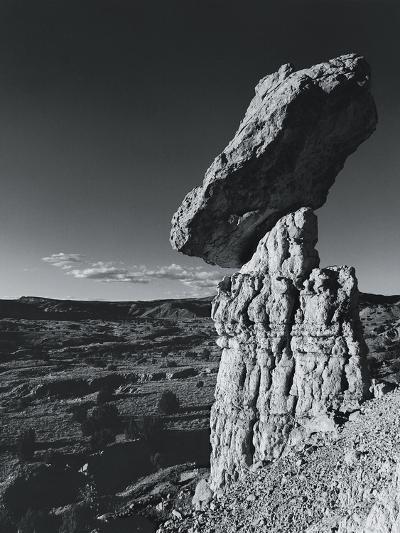 Balancing Rock, New Mexico, USA-Chris Simpson-Photographic Print