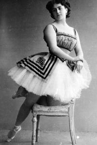 Ballerina Elena Alexandrovna Smirnova, Early C20th