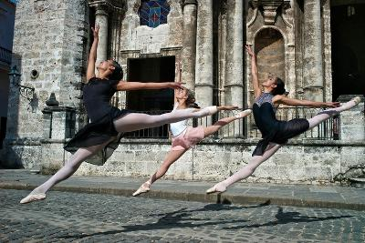 Ballerinas from the National Ballet of Cuba Dance on the Streets of Havana-Kike Calvo-Premium Photographic Print