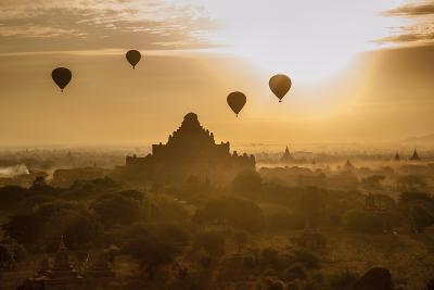 Balloons Above Stupas and Dhammayangyi Patho Temple from the Shwesandaw Pagoda-Tino Soriano-Photographic Print