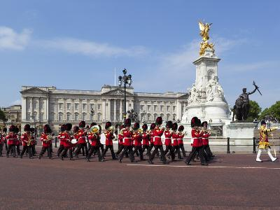 Band of the Coldstream Guards Marching Past Buckingham Palace During the Rehearsal for Trooping the-Stuart Black-Photographic Print