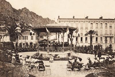 Bandstand, Beaulieu Sur Mer, 1911--Giclee Print