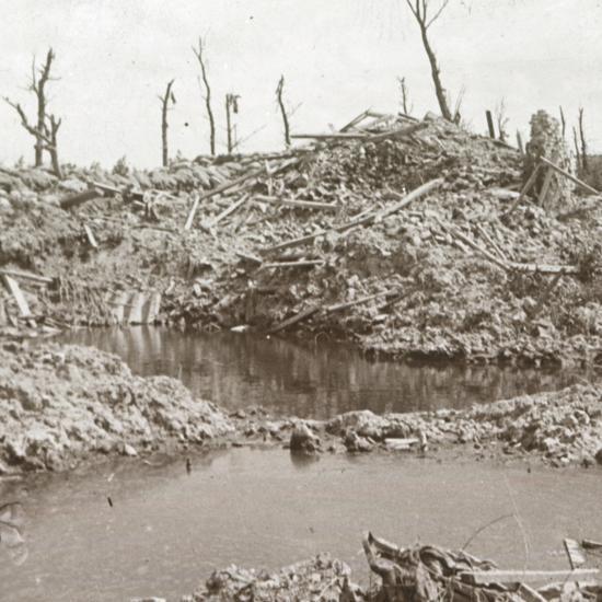 Banks of the River Yser, Diksmuide, Belgium, c1914-c1918-Unknown-Photographic Print