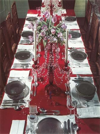 https://imgc.artprintimages.com/img/print/banquet-table-settings_u-l-pod9z90.jpg?p=0