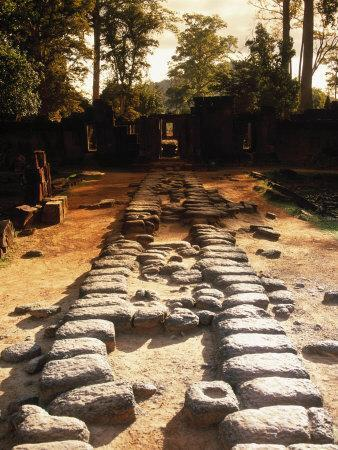 https://imgc.artprintimages.com/img/print/banteay-srei-temple-angkor-cambodia_u-l-p3clms0.jpg?p=0