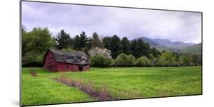Barn in Keene Valley in Spring Adirondack Park, New York State, USA