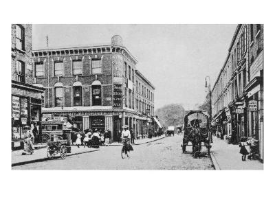 Barn Tavern, Highbury, C.1900-English Photographer-Giclee Print