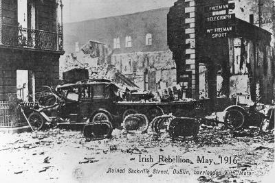 Barricade of Cars, Anti-English Irish Uprising, Dublin, May 1916--Giclee Print