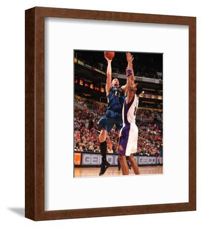 Minnesota Timberwolves v Phoenix Suns: Kevin Love and Channing Frye