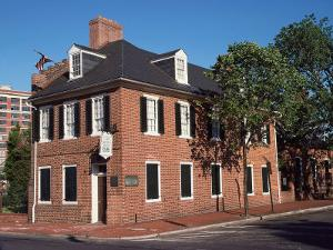 Flag House, Baltimore, MD by Barry Winiker