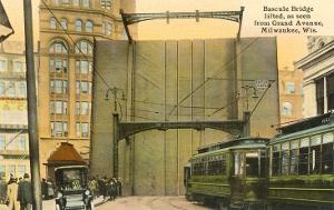 Bascule Bridge, Grand Avenue, Milwaukee, Wisconsin