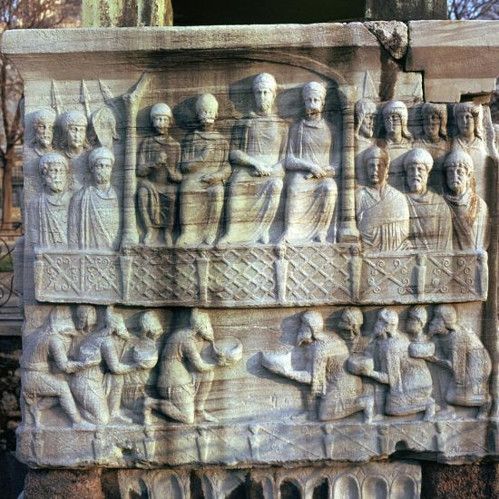 Base of an obelisk in Istanbul, 4th century-Unknown-Giclee Print