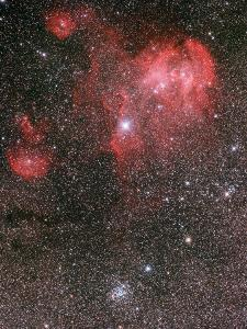 Bat Nebula (Ic 2948) and Open Star Cluster NGC 3766, the Pearl Cluster
