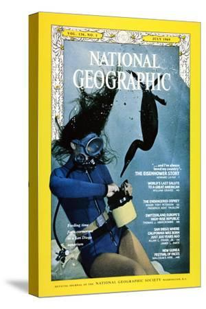 Cover of the July, 1969 National Geographic Magazine