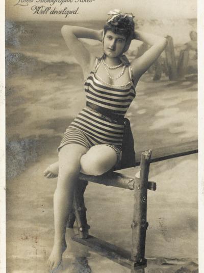 Bathing Beauty--Photographic Print