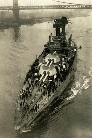 Battleship Maryland in the East River-Edwin Levick-Photographic Print