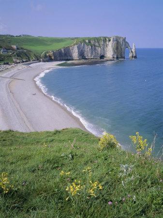 Bay and Cliffs, Etretat, Cote d'Albatre (Alabaster Coast), Haute Normandie (Normandy), France-Roy Rainford-Photographic Print