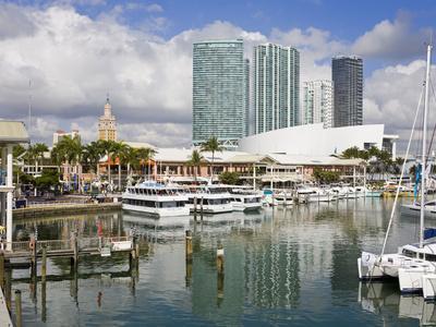 https://imgc.artprintimages.com/img/print/bayside-marketplace-and-marina-miami-florida-united-states-of-america-north-america_u-l-phbtz10.jpg?p=0