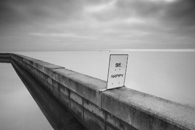 Be Happy-Moises Levy-Photographic Print