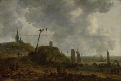 https://imgc.artprintimages.com/img/print/beach-at-katwijk-many-people-move-between-the-fishing-boats_u-l-q114uv50.jpg?p=0