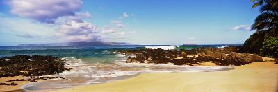 Beach at North Shore, Maui, Hawaii, USA--Photographic Print