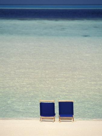 https://imgc.artprintimages.com/img/print/beach-chairs-on-white-sand-beach-of-ari-atoll-maldives_u-l-p3x37n0.jpg?p=0