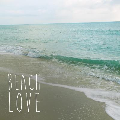 Beach Love-Susan Bryant-Art Print