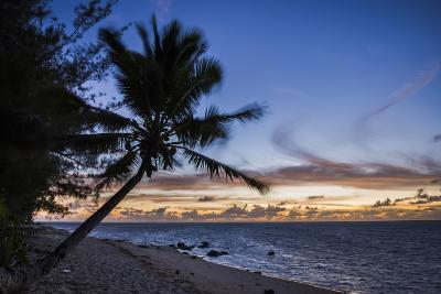 Beach Outside Rumours Luxury Villas 6 and 7, Muri, Rarotonga, Cook Islands, South Pacific, Pacific-Matthew Williams-Ellis-Photographic Print