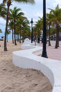 Beach wall in Fort Lauderdale, Broward County, Florida, USA