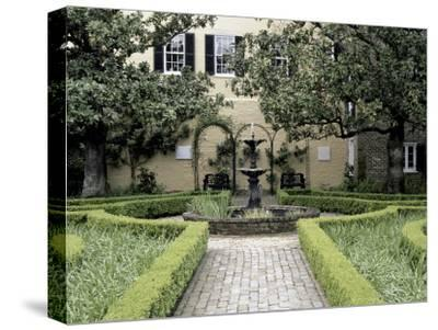 Beauregard House Gardens, New Orleans, Louisiana, USA