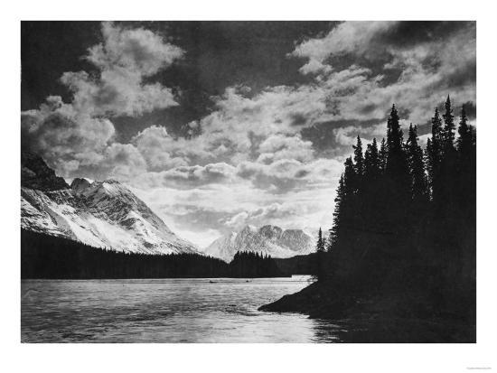 Beautiful Alaskan Mountains Photograph - Alaska-Lantern Press-Art Print