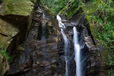 https://imgc.artprintimages.com/img/print/beautiful-rocky-atlantic-rainforest-waterfall-on-green-landscape-in-tijuca-park-rio-de-janeiro-br_u-l-q1gx3aa0.jpg?p=0