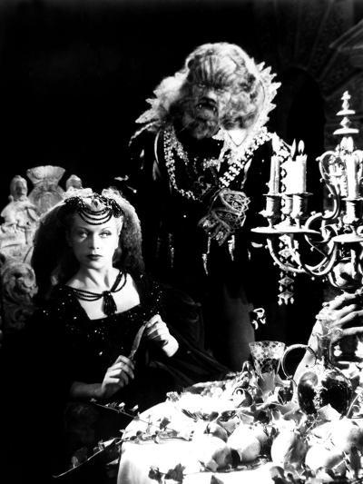 Beauty And The Beast, (aka 'Belle et la Bête, La'), Josette Day, Jean Marais, 1946--Photo