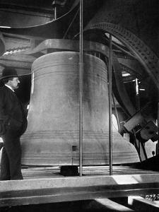 Bell in the Tower of Big Ben, Palace of Westminster, London, C1905